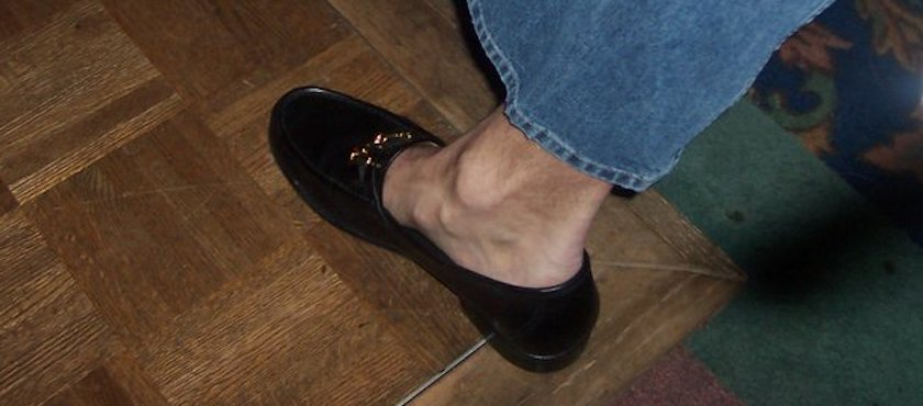 Going Sockless is Not Healthy for Your Feet
